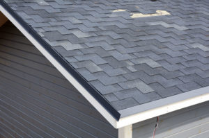 Need Professional Roofing Company Roofer Replace Shingles